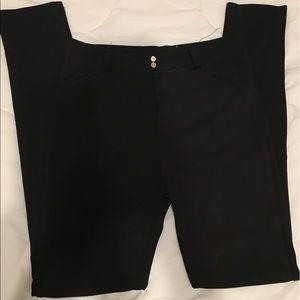 Pants - Black leggings size sm has back pockets !!